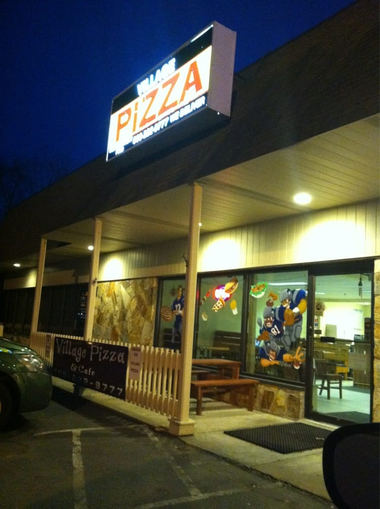 Village pizza 18 reviews pizza 360 old colony rd for Classic house of pizza bolton ma