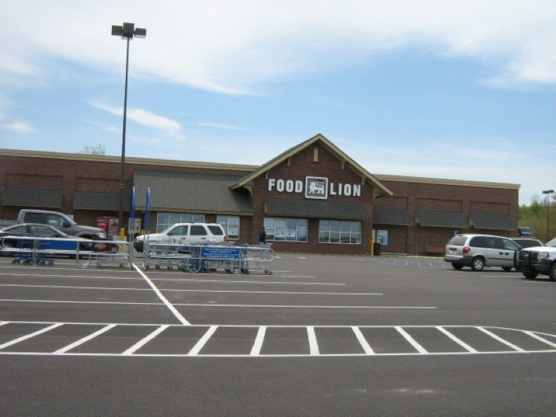 Food Lion: 7276 Mason Dixon Hwy, Meyersdale, PA