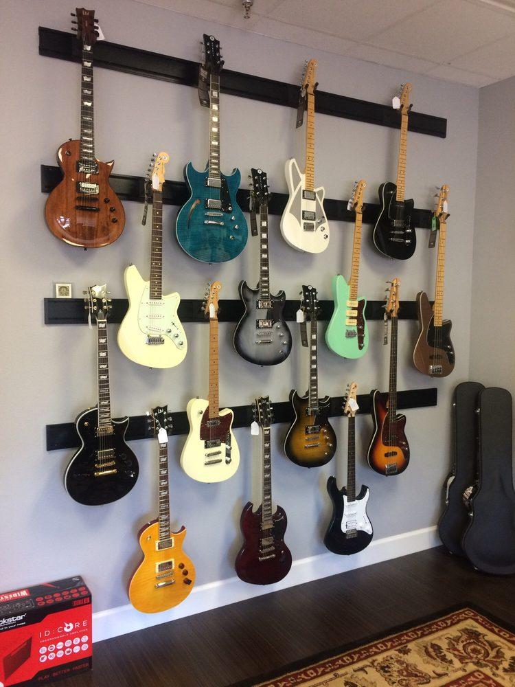 R & R Guitars: 1877 W State Rd 434, Longwood, FL