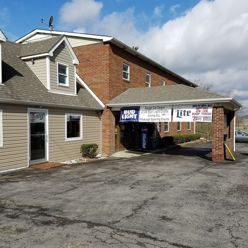 Rough Cut Tavern and Hotel: 1041 Burgettstown Rd, Burgettstown, PA