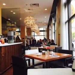 Meli Cafe Chicago Parking