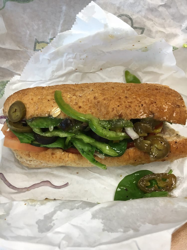 Subway: 45 Fairfield Ave, Bellevue, KY