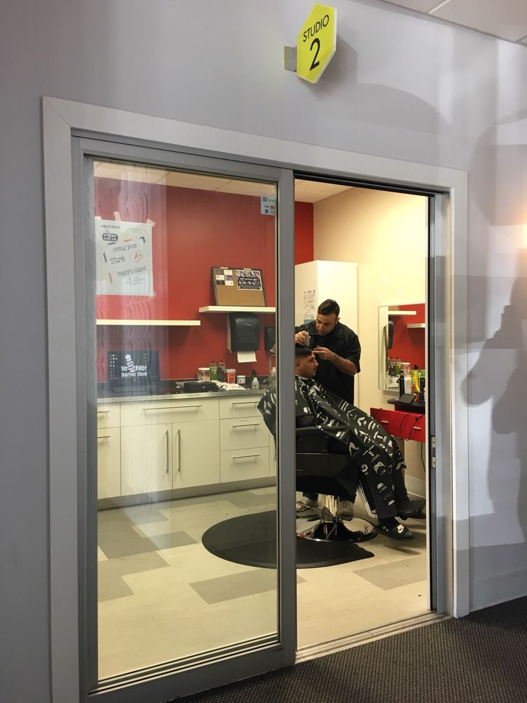 Str8 Edge Barber Shop: 205 A Delaware St, Leavenworth, KS