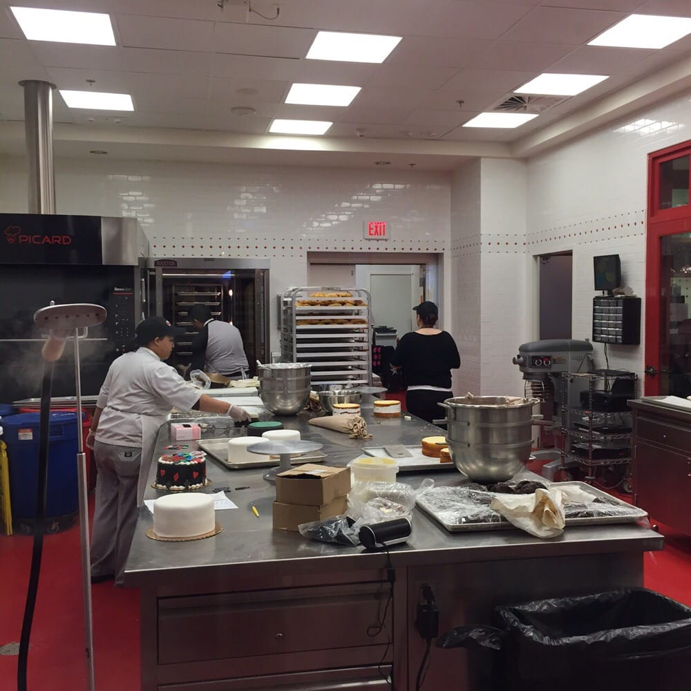 Open Baking Kitchen