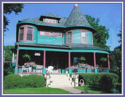 Carriage House Bed & Breakfast: 1133 Broad St, Grinnell, IA