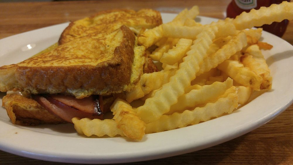 Nori's Cafe: 2033 Harlem Rd, Loves Park, IL