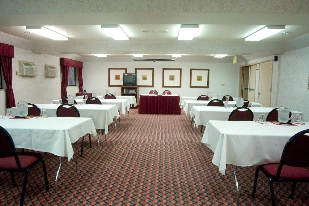 Phoenix Inn Suites - Salem: 4370 Commercial St SE, Salem, OR