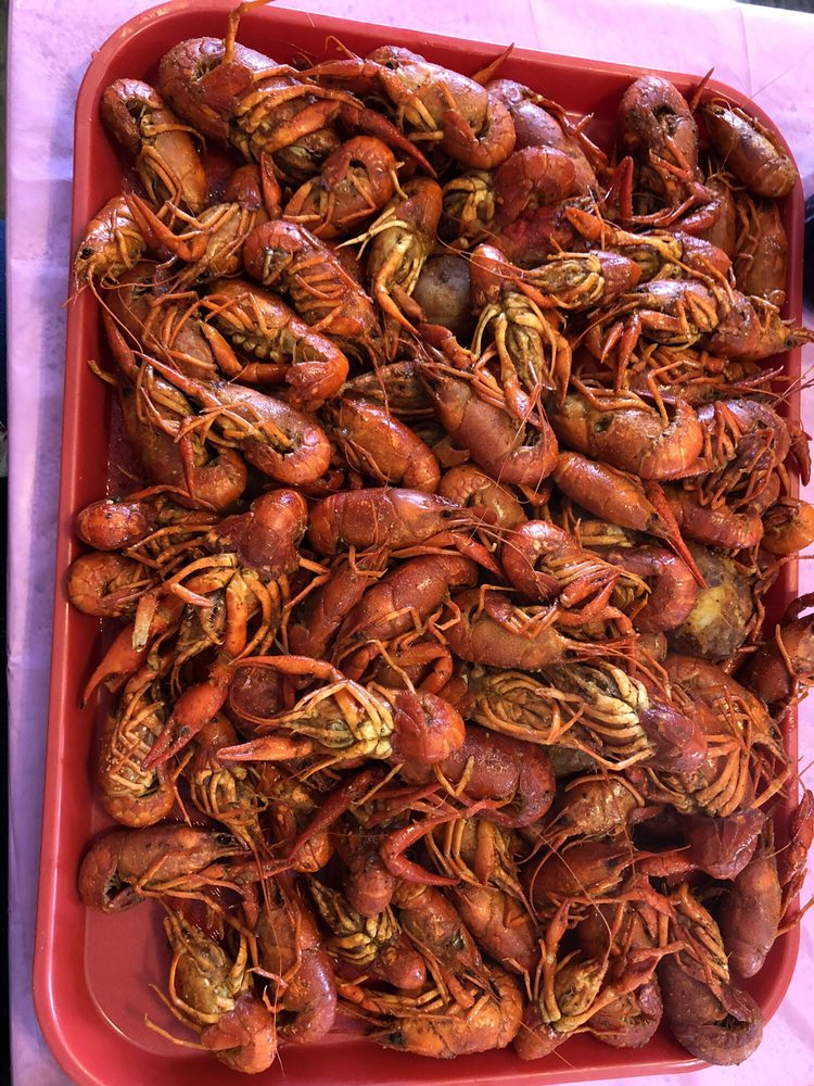 Fannett Seafood: 18746 Farm To Market Rd 365, Beaumont, TX