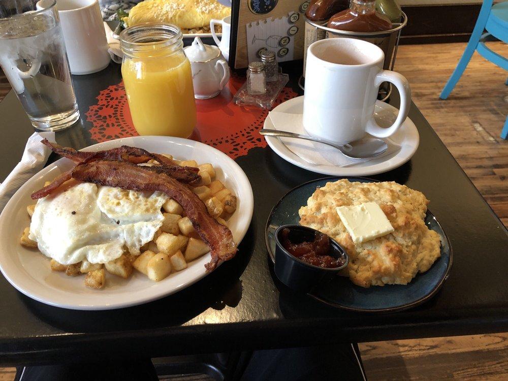 Morning Day Cafe: 105 S Main St, Nixa, MO