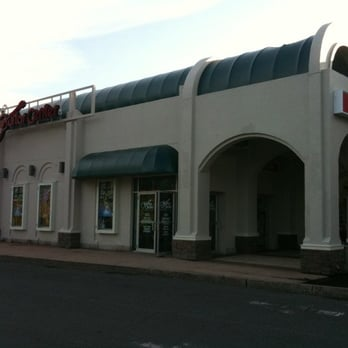 Guitar center guitar stores 120 hale rd manchester for Michaels crafts manchester ct
