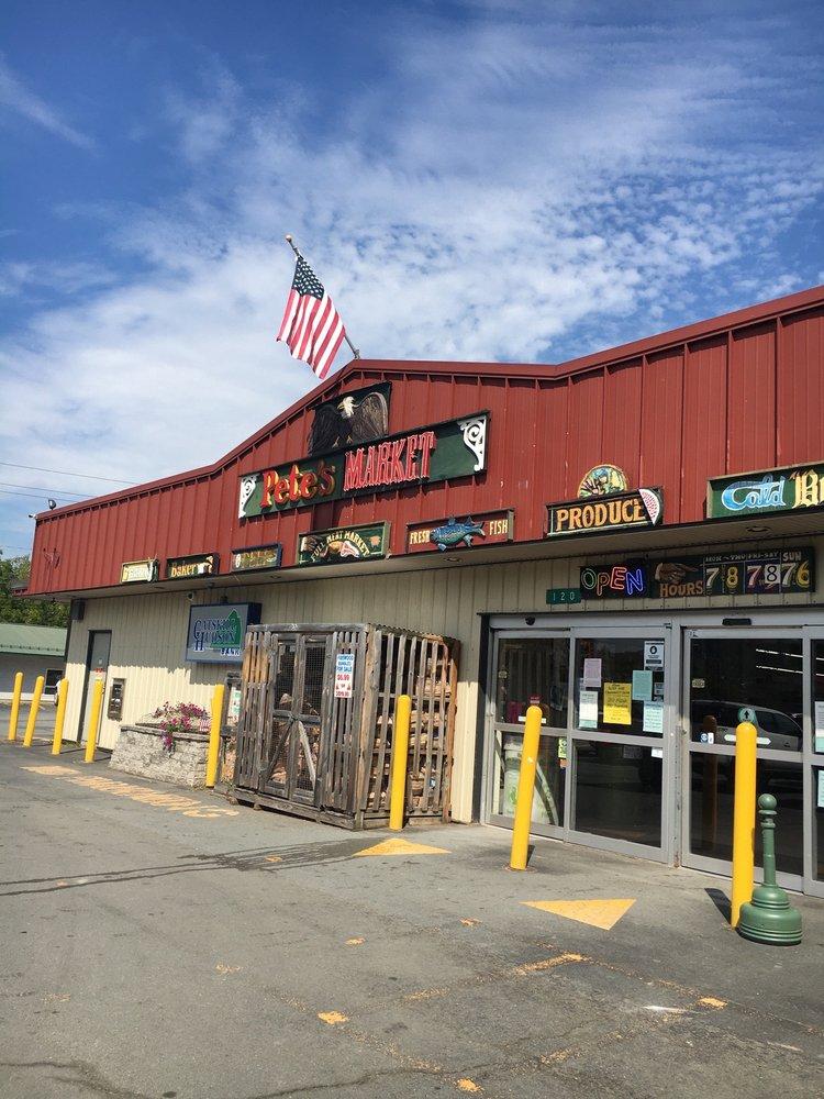 Pete's Market of Narrowsburg: 120 Kirk Rd, Narrowsburg, NY