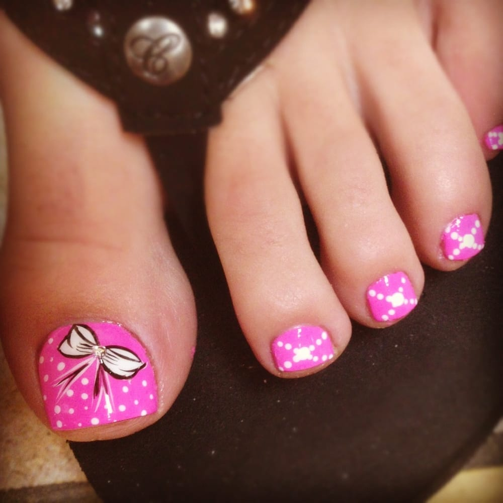 Bow toes design - Yelp
