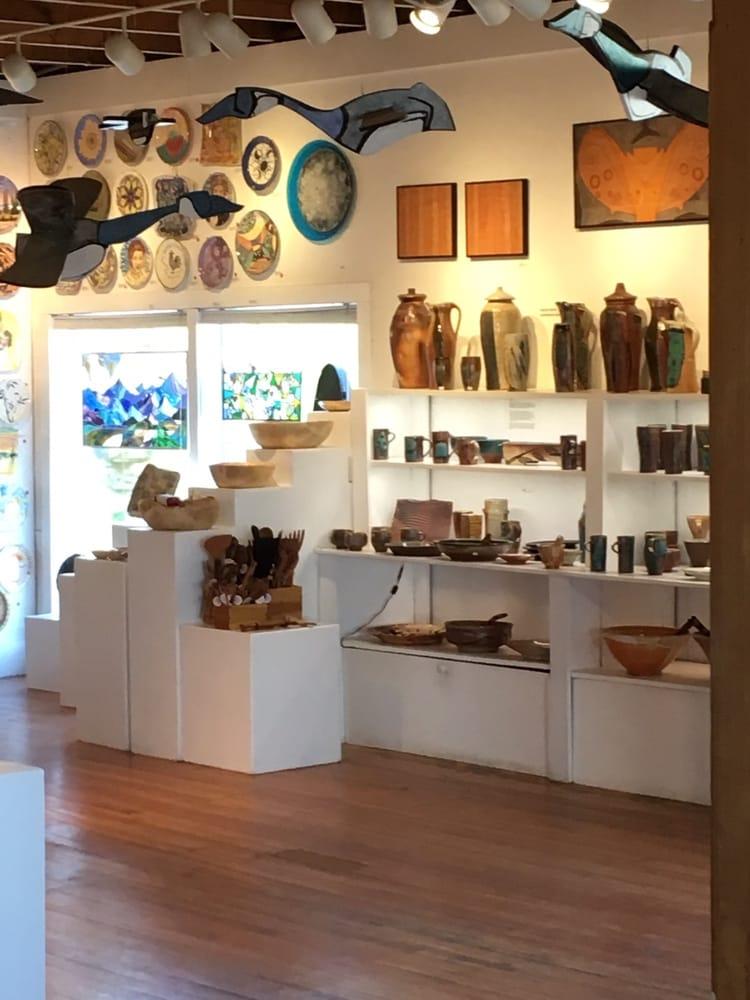 Bunnell Street Gallery: 106 W Bunnell Ave, Homer, AK