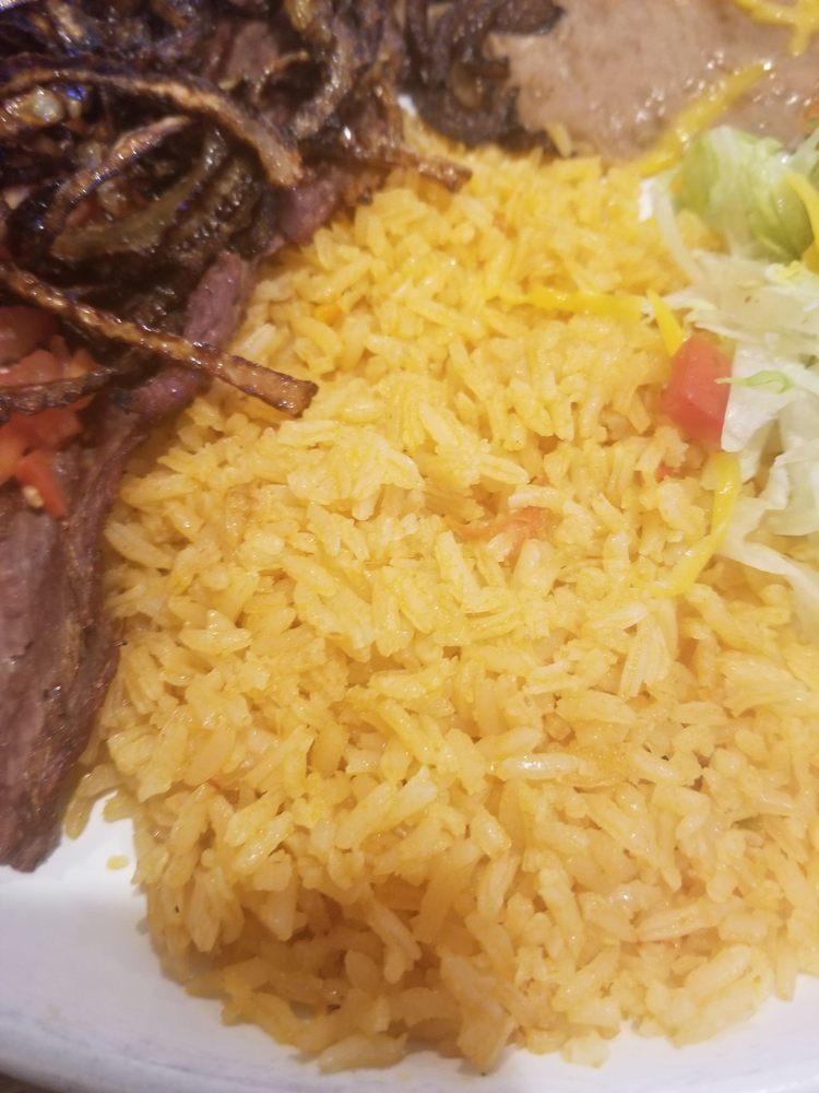 Ixtapa Mexican Restaurant: 321 Westfield St, Silverton, OR