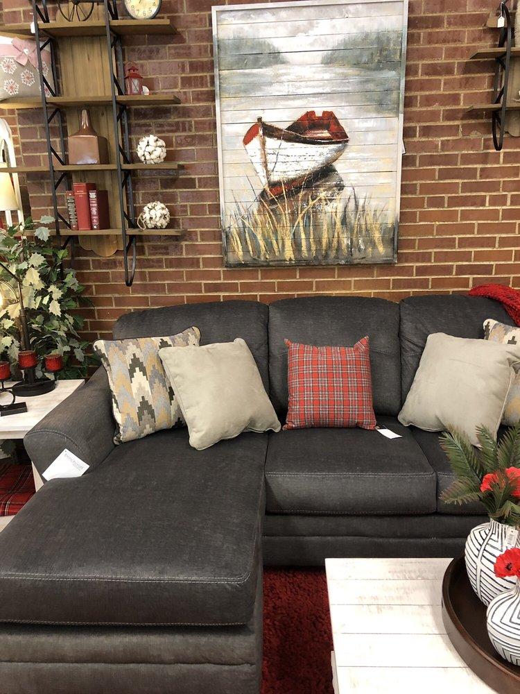 The Furniture Gallery: 111 3rd St NE, Baudette, MN