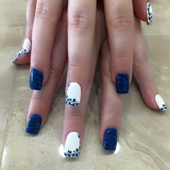 Cosmo Spa Nails Valparaiso In