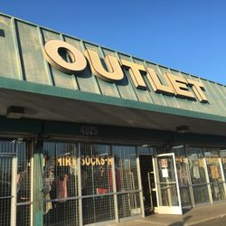 T-Shirt Outlet - Outlet Stores - 4829 E Kings Canyon Rd, Fresno, CA