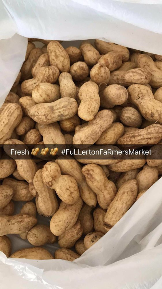 Fullerton Certified Farmers Market: 801 W Valencia Dr, Fullerton, CA