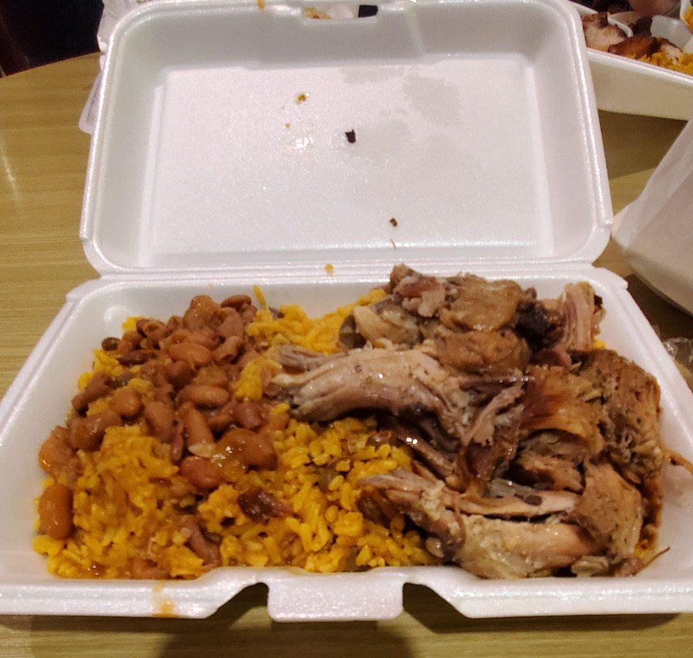Cibao Kitchen: 310 Daniel Webster Hwy, Nashua, NH