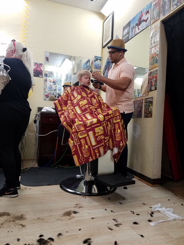 Heroes Only Barber Shop: 3634 Lithia Pinecrest Rd, Valrico, FL