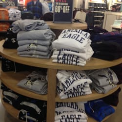 77a0f94239c American Eagle Outfitters - 11 Photos - Outlet Stores - 6800 Oxon ...