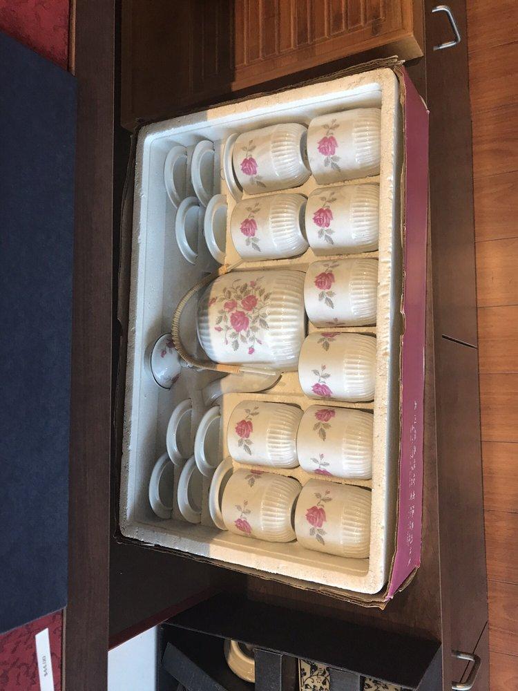 Midastee Tea House: 912 E Imperial Hwy, Brea, CA