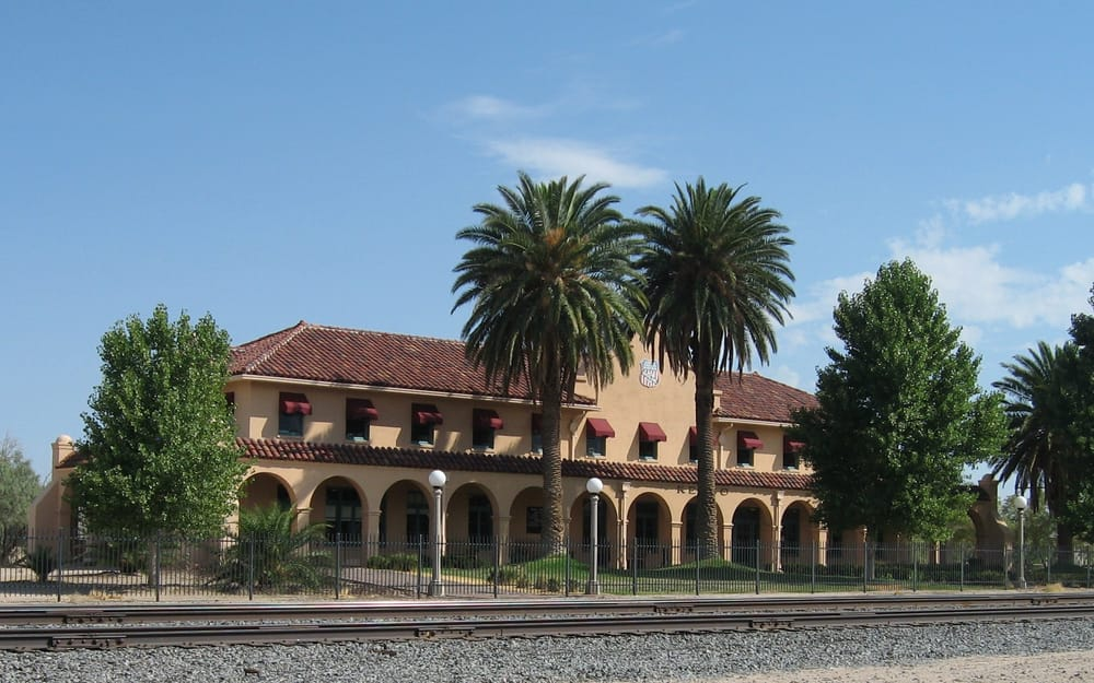 Kelso Train Depot Lokala P Rlor 2701 Barstow Rd Kelso