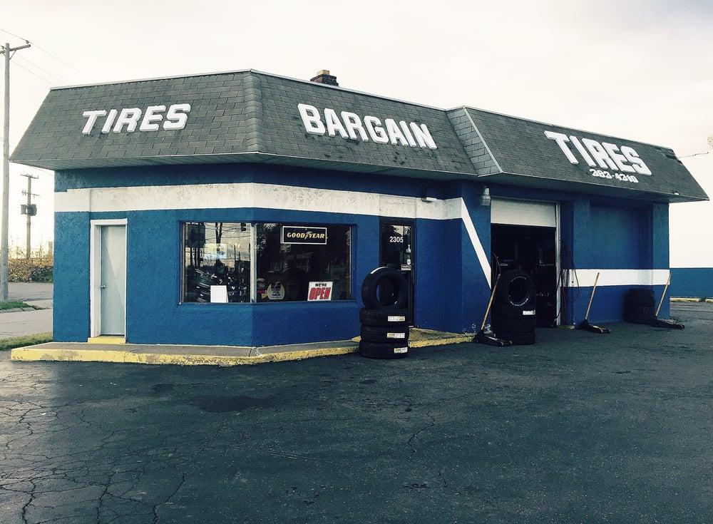 Bargain Tire Co: 2305 Oakwood Blvd, Melvindale, MI