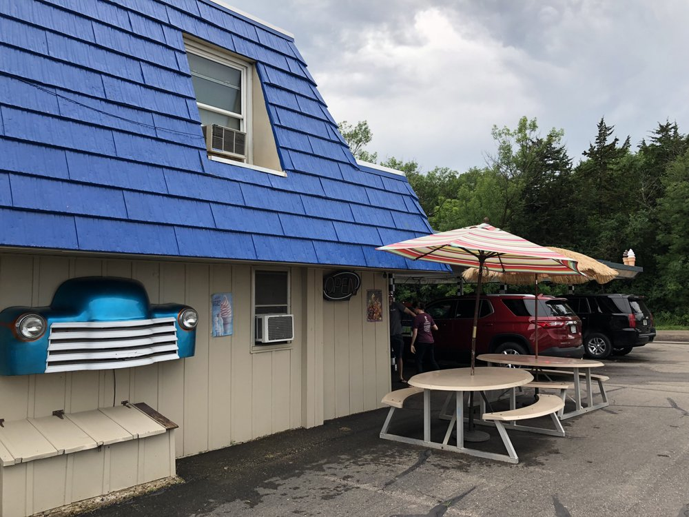 Barney's Drive-In: 1300 Elm Ave E, Waseca, MN