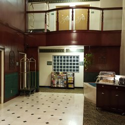 Photo Of Guesthouse Inn Suites Kelso Wa United States Lobby