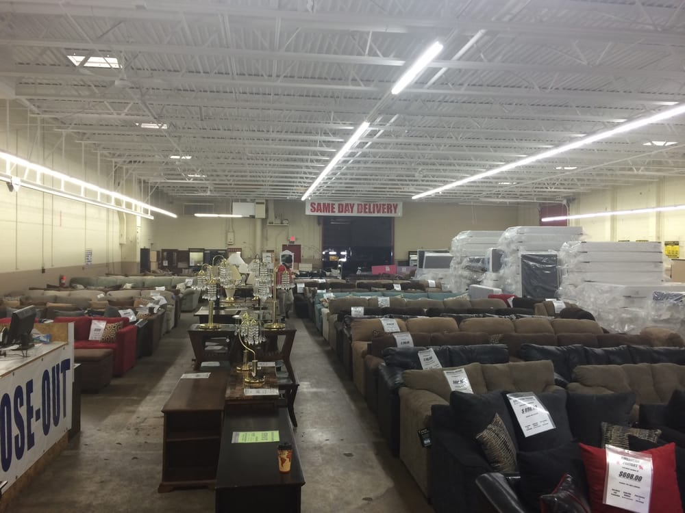 american freight furniture stores southpoint milwaukee wi reviews photos yelp. Black Bedroom Furniture Sets. Home Design Ideas