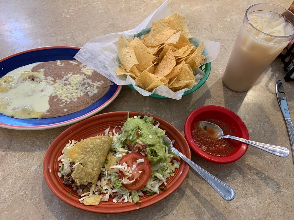 El Lorito Mexican Restaurant: 3105 S 70th St, Fort Smith, AR