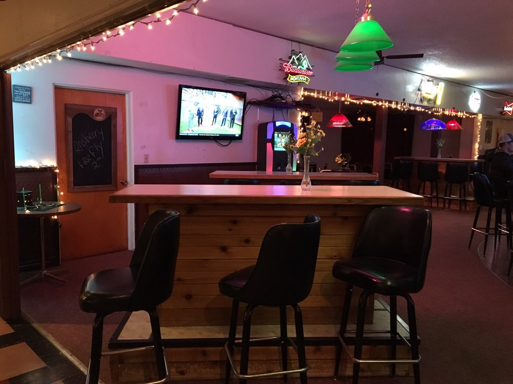 The Coyote Club: 141 Main St, Shelby, MT