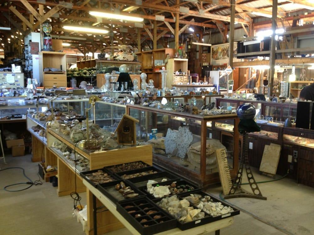 Prospector's Paradise: 59691 US 41, Allouez, MI