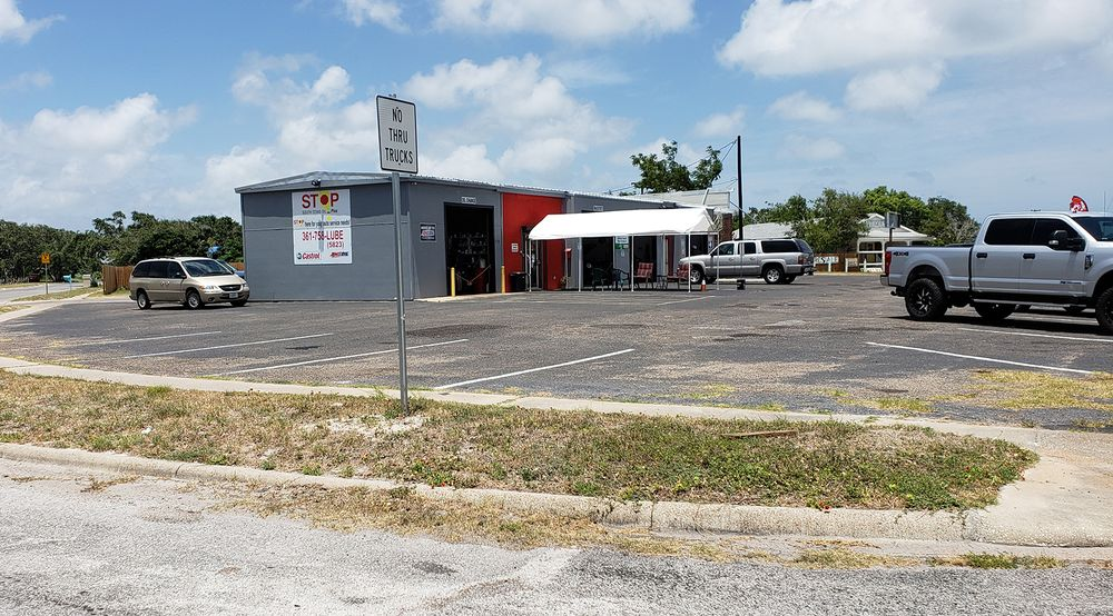 South Texas Oil Plus: 336 W Cleveland Blvd, Aransas Pass, TX