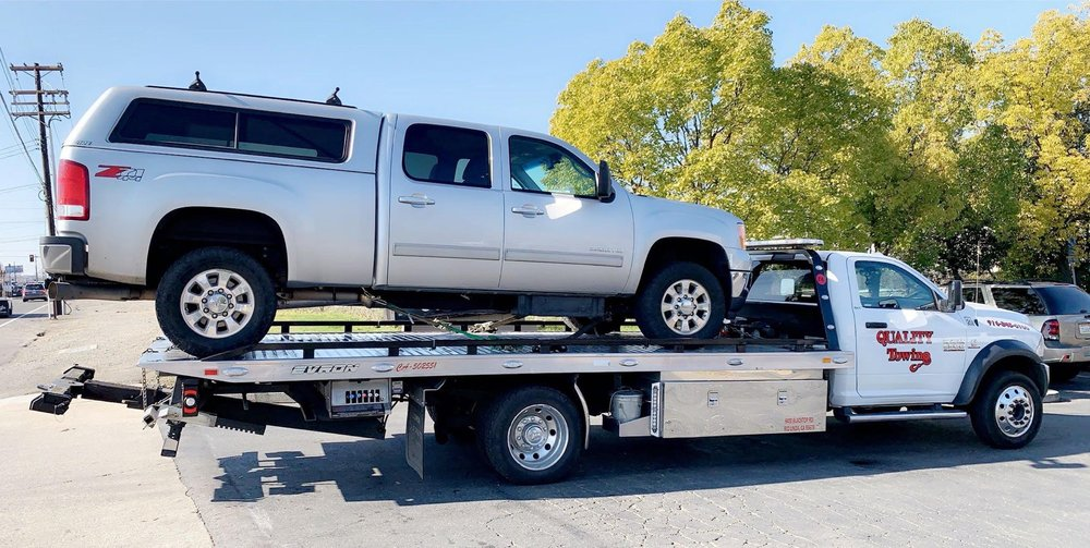 Towing business in Foothill Farms, CA