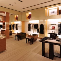 e40105be3c0e Louis Vuitton New York Saks Fifth Ave Lifestyle - Leather Goods ...