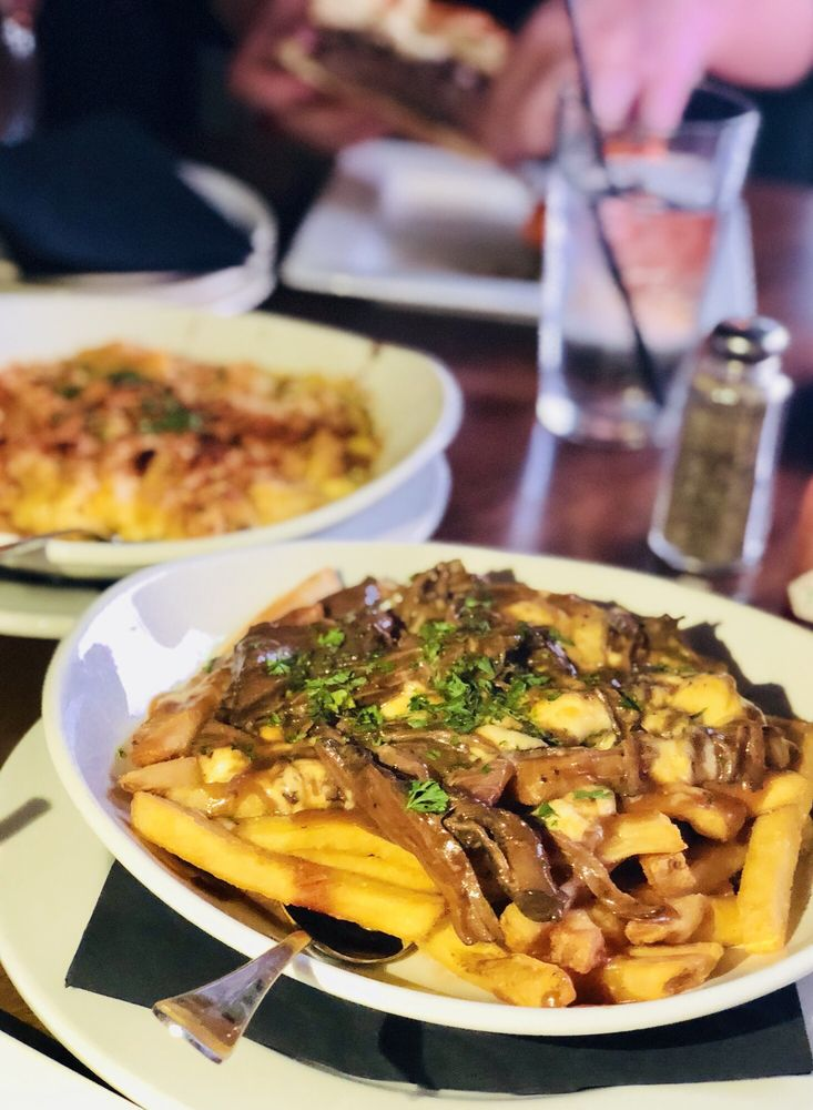 Short Rib Poutine And Backed Mac And Cheese Yelp