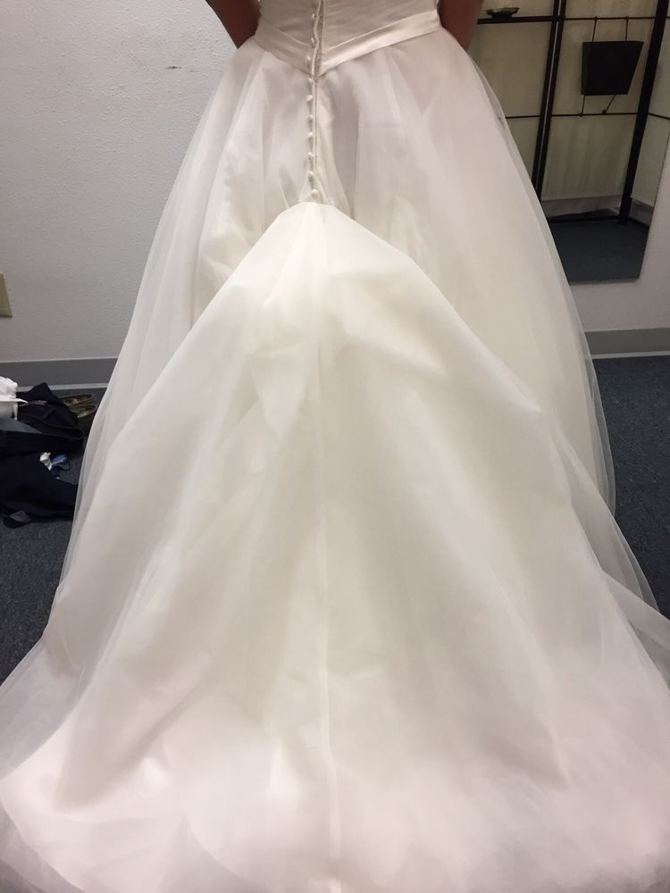 A Best Tailoring & Alterations: 6000 Southcenter Blvd, Tukwila, WA
