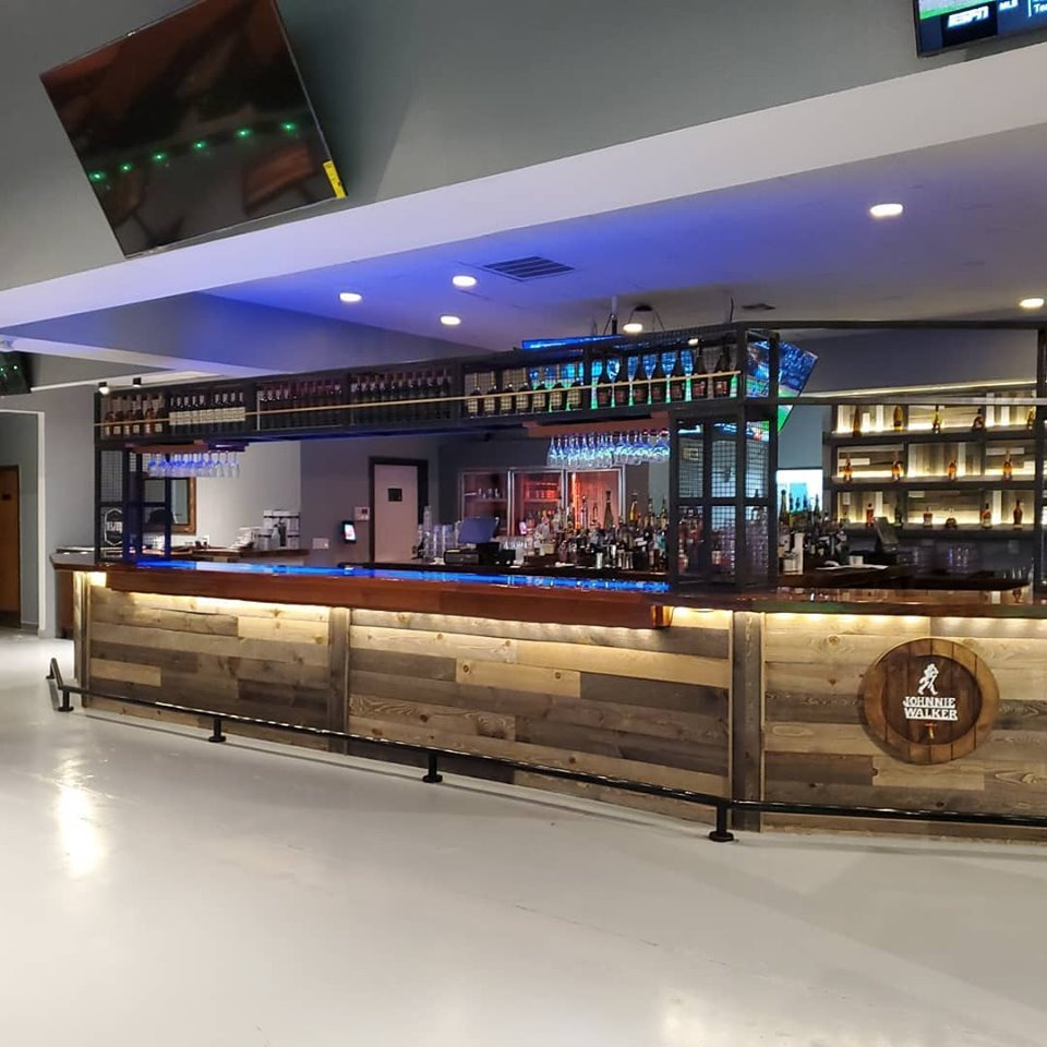 Azura Bar & Lounge: 2703 Hwy 6, Houston, TX