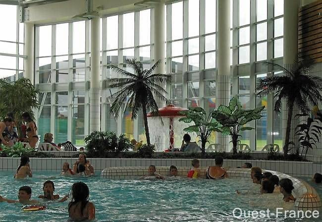 Sir na espace aquatique piscine avenue charles de for Piscine carpiquet