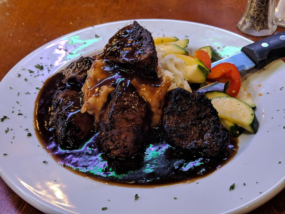 Teri's Restaurant: 3225 Ocean Beach Hwy, Longview, WA