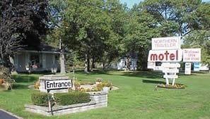 Northern Traveler Motel: 5493 N US Highway 23, Oscoda, MI