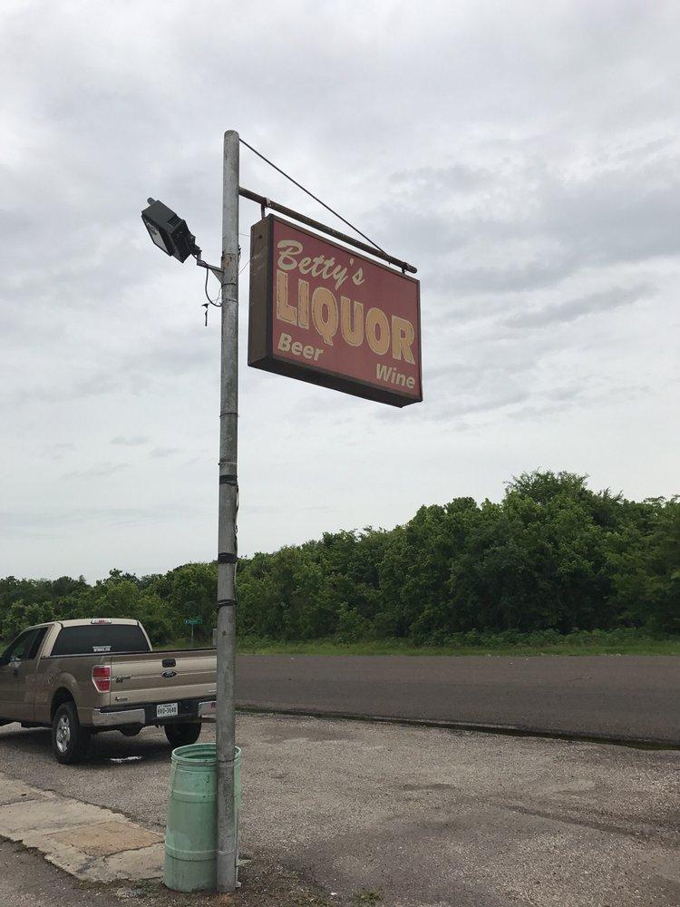 Betty's Liquor Store: 2425 Highway 90, Nome, TX