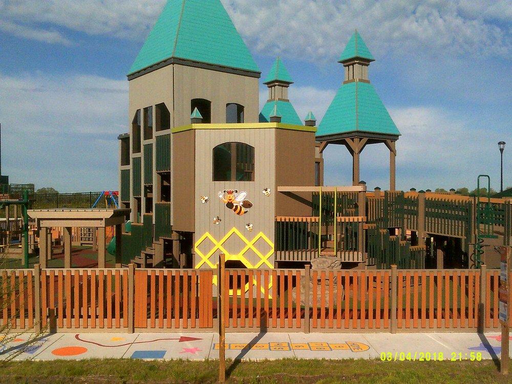 Sunrise Park: 20 Shawnee Dr, Evansville, IN