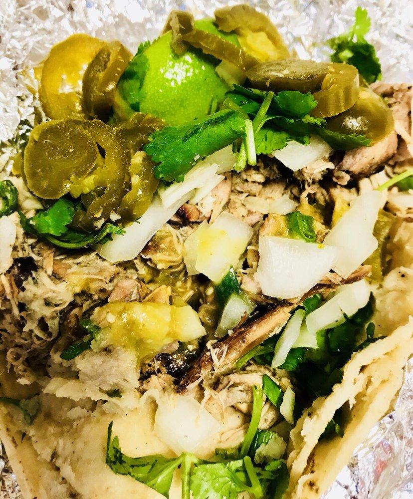 Casita Taco Al Carbon: 405 N Victory Blvd, Burbank, CA