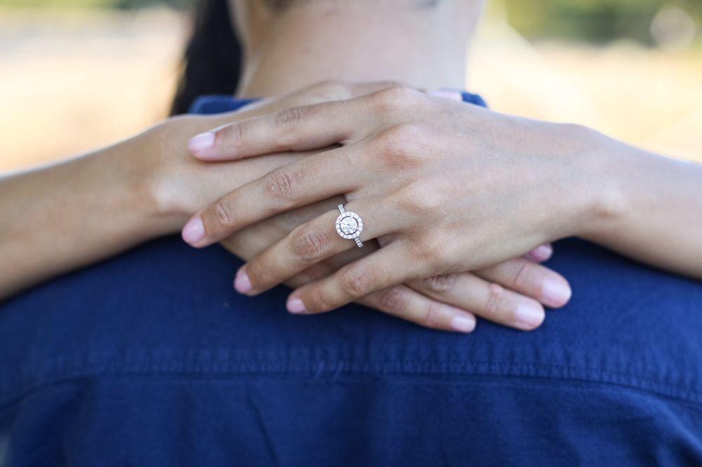 Modern Gems Jewelry