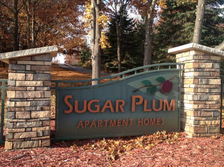 Sugar Plum Apartments - Get Quote - Apartments - 2692 Harbor Hill Dr ...