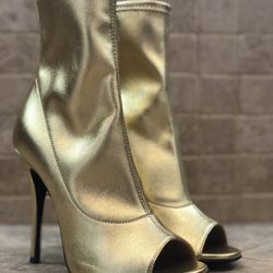 98781bfcff332 Giuseppe Zanotti Design - 17 Photos & 13 Reviews - Shoe Stores - 3500 Las  Vegas Blvd S, The Strip, Las Vegas, NV - Phone Number - Yelp