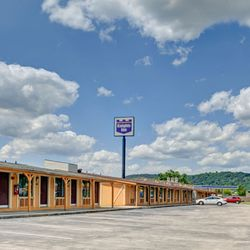 Photo Of Knights Inn Charleston East Wv United States